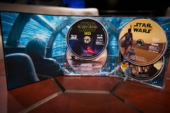 star-wars-the-force-awakens-3d-collectors-edition-02_2400