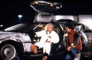 Doc et Marty aux commandes de la Delorean...